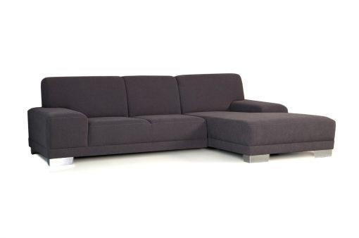Moderná rozkladacia sedačka COSMO s nízkymi podrúčkami v hnedej látke.