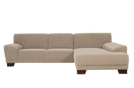 Pohodlná sedačka DENVER s nízkymi, šikmými podrúčkami v béžovej látke.