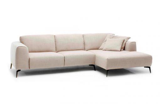 Štýlová sedačka CALVARO s príjemným jednoduchým dizajnom v béžovej látke v prevedení L.