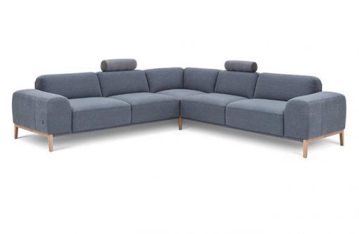Moderná sedačka POINT s jednoduchými čistými tvarmi v šedej látke.