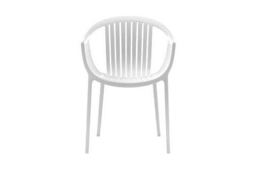 Jedinečná moderná stolička Wilson v bielej farbe.