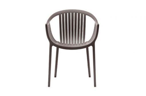 Jedinečná moderná stolička Wilson v hnedej farbe.