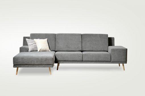 Jednoduchá moderná sedačka DETROIT v šedej látke.